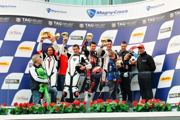 podium-team-scuderia-2-roues